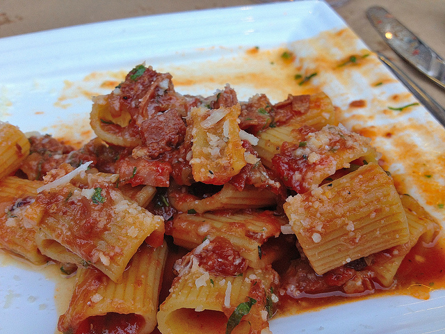 Amatriciana - this reminded me of a really well made bolognese but with more texture; couldn't really tell the meats apart though