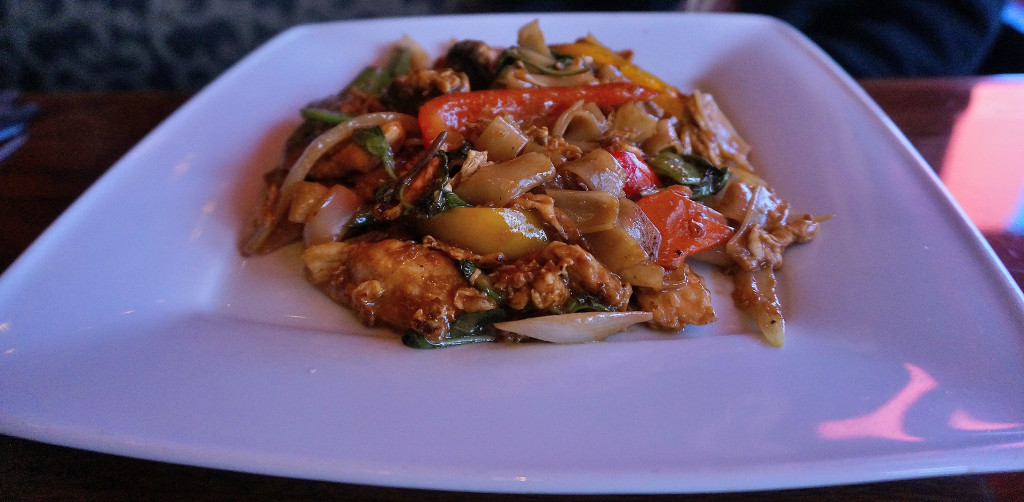 Smoky drunken noodles w/ chicken